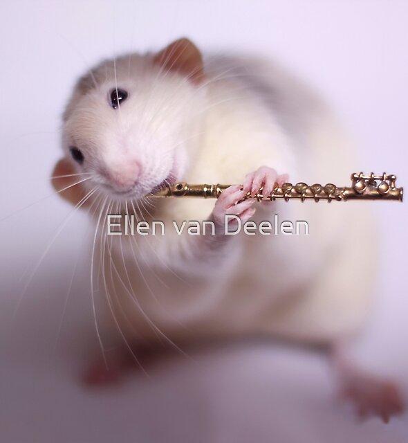 Playing the flute by Ellen van Deelen