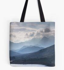 Snowdonia - Snowdon and her Sisters Tote Bag