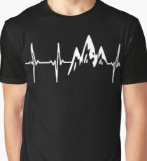 MOUNTAIN IN MY HEARTBEAT T SHIRT  Graphic T-Shirt