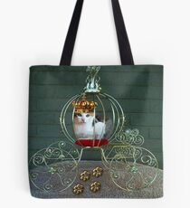 I CAN BE THE PURRFECT QUEEN OR THE QUEEN OF DENIAL>FELINE>CAT PICTURE Tote Bag