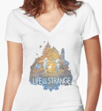 LIFE IS STRANGE Women's Fitted V-Neck T-Shirt