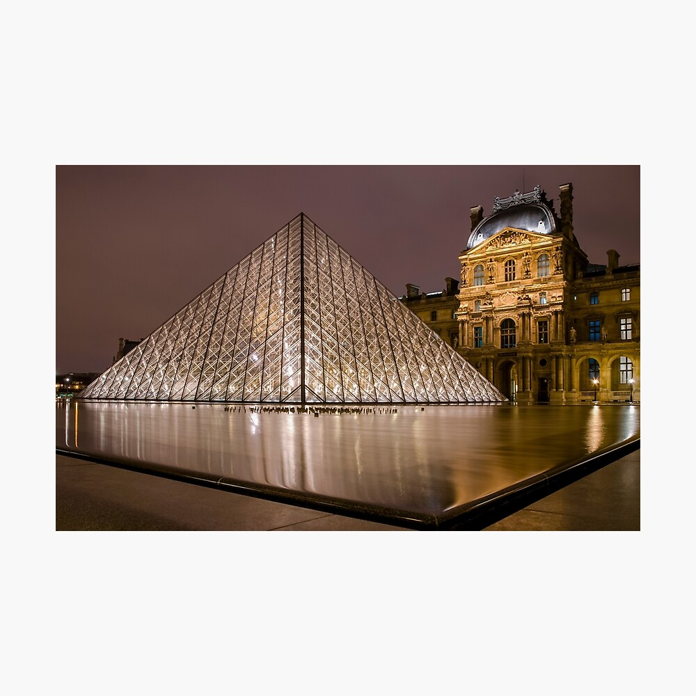 The Louvre Photographic Print - Trendy Pyramid Wall Decor