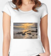 Mountcharles Sunset Women's Fitted Scoop T-Shirt