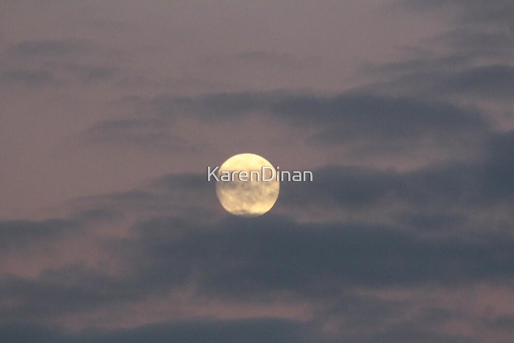 Almost Full Moon 12-12-16 0531 by KarenDinan