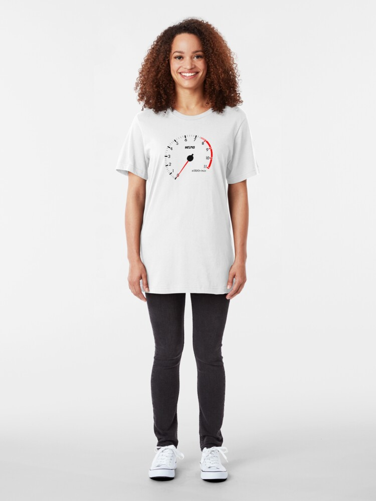 Alternative Ansicht von NISSAN スカイライン (NISSAN Skyline) R32 NISMO rev counter [alternative version] Slim Fit T-Shirt