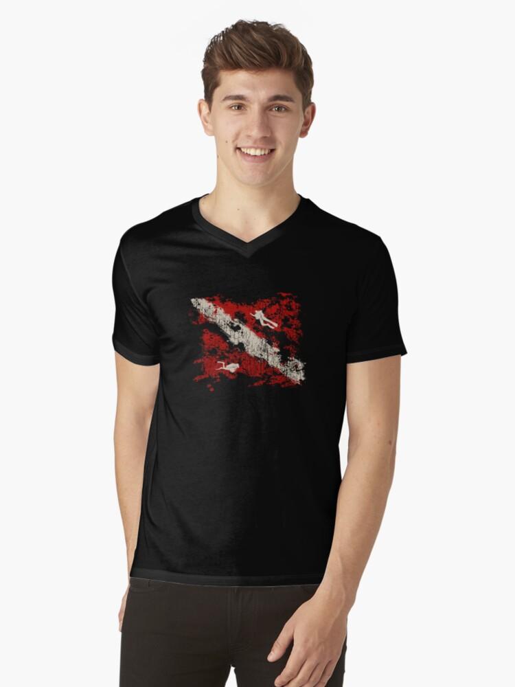 Scuba Diving Flag Scuba Diver Gift Dive Flag Mens V-Neck T-Shirt Front
