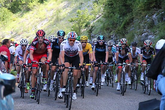 Tour de France Peloton - Col du Grand Colombier 2012 by MelTho
