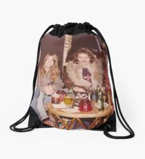 Chilling at the Waldorf Astoria Hotel New York Drawstring Bag
