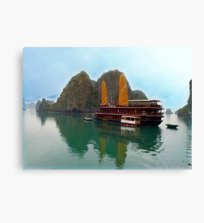 """""""Halong Ginger"""" sails in the Gulf of Tonkin, North Vietnam Canvas Print"""