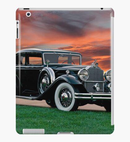 1931 Packard 845 Deluxe Eight Sports Sedan II iPad Case/Skin