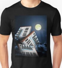 III Canis Lupus et Luna T-Shirt