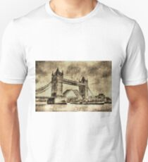Tower bridge and the Waverley Vintage T-Shirt