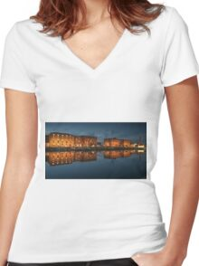 Salthouse Dock Liverpool at night Women's Fitted V-Neck T-Shirt