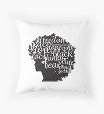 Afro-Haar mit inspirierenden Wort Kunst Dekokissen
