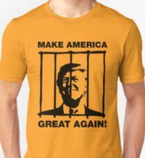 Machen Sie Amerika wieder großartig - Donald Trump hinter Gittern Slim Fit T-Shirt