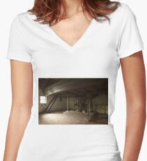 Guess again! Women's Fitted V-Neck T-Shirt