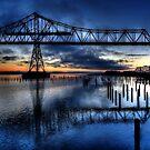 Astoria Bridge connecting Oregon to Washington (USA) by cymcgraw