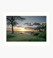 Sunset in Oahu Art Print