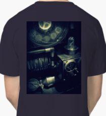 Steampunk Time Machine 1.1 Classic T-Shirt