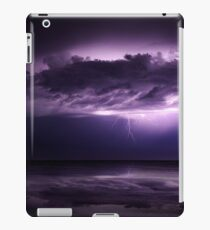S T O R M C L O U D iPad Case/Skin