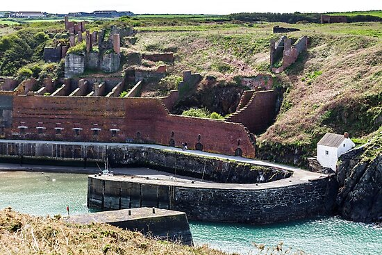 Hoppers and Crusher, Porthgain Harbour, Pembrokeshire by Heidi Stewart