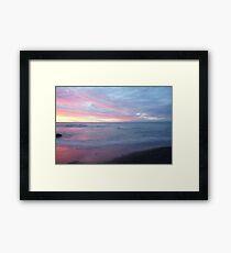 Beautiful ocean sunset Framed Print