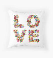 cuanto amor! Throw Pillow