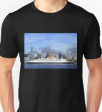 QE2 in Liverpool T-Shirt