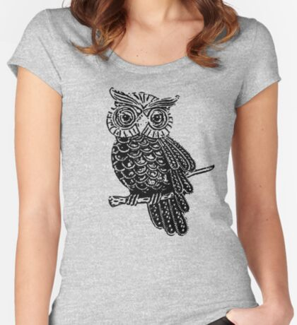 Cute Owl On Tree Women's Fitted Scoop T-Shirt