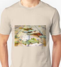 Selective focus on autumn maple leaves with shallow depth of field T-Shirt