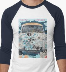 Berlin Trabant Car On The Berlin Wall Men's Baseball ¾ T-Shirt