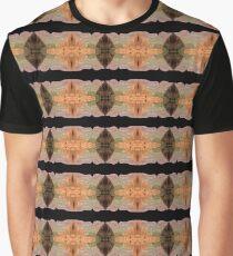 Kata Juta Graphic T-Shirt