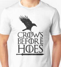 Camiseta unisex Cuervos antes de azadas