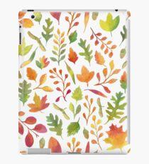 Watercolor autumn leaves pattern iPad Case/Skin