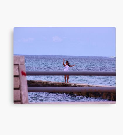 Pose on the sea Canvas Print