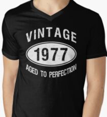 Vintage 1977 Birthday T-Shirt