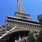 Eiffel Tower by stumbelina