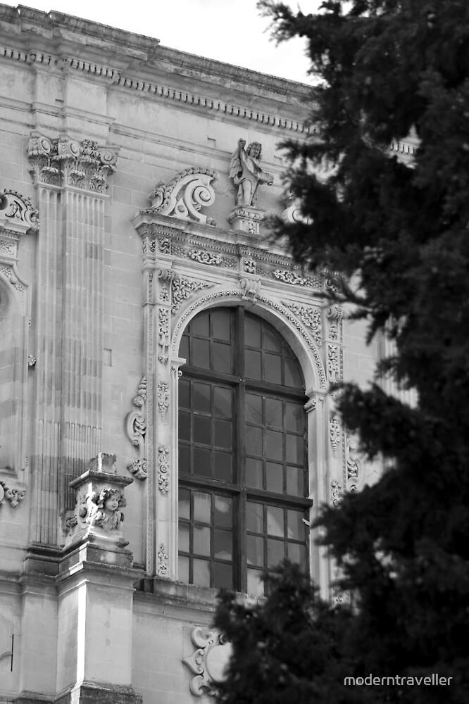 Monochrome facade in Puglia by moderntraveller