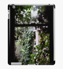 ivy wins iPad Case/Skin