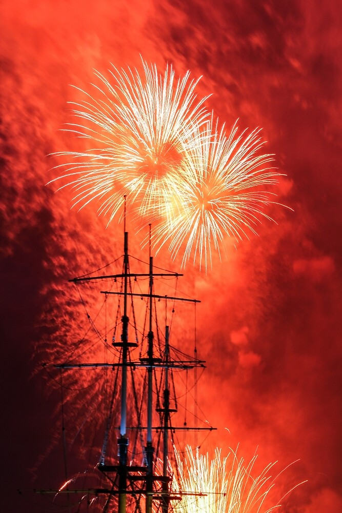 Firework in honor of the Navy. by GermanS