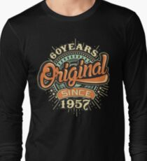 60 Years Original since 1957 - Birthday gift 60th for shirt cups and many more. T-Shirt