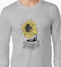 Singing in the sun T-Shirt