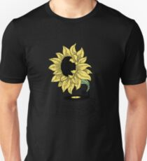Singing in the sun Unisex T-Shirt