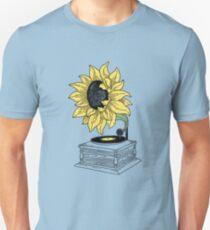 Singing in the sun Unisex T-Shirt