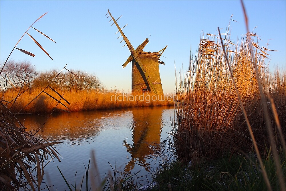 Bromsgrove Drainage Mill. by richardgowen