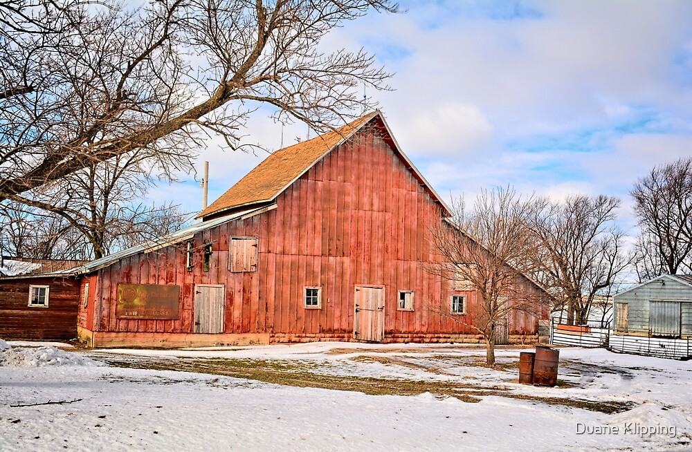 An Old Red Barn by Duane Sr