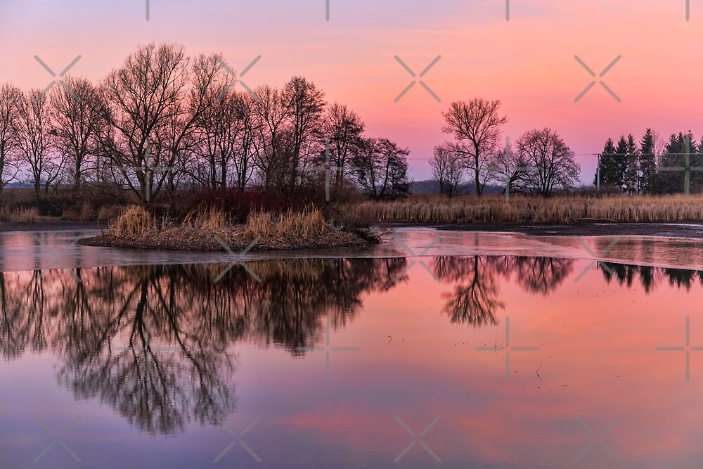 Sunset at the lake in winter by OE993