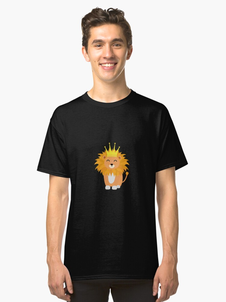 Lion with Crown King Classic T-Shirt Front