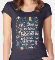 Lose ourselves in books Women's Fitted Scoop T-Shirt