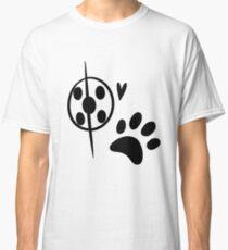 Miraculous Ladybug Chat Noir and Ladybug Signatures Classic T-Shirt